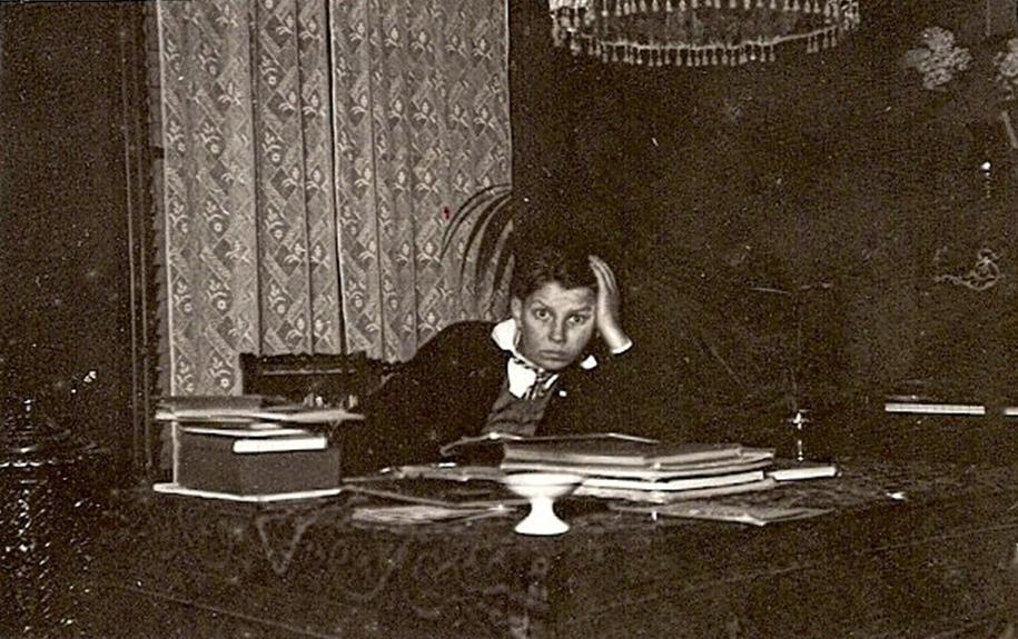 Frank Arie Diepenhorst (1915) anno 01-1931 bewerkt