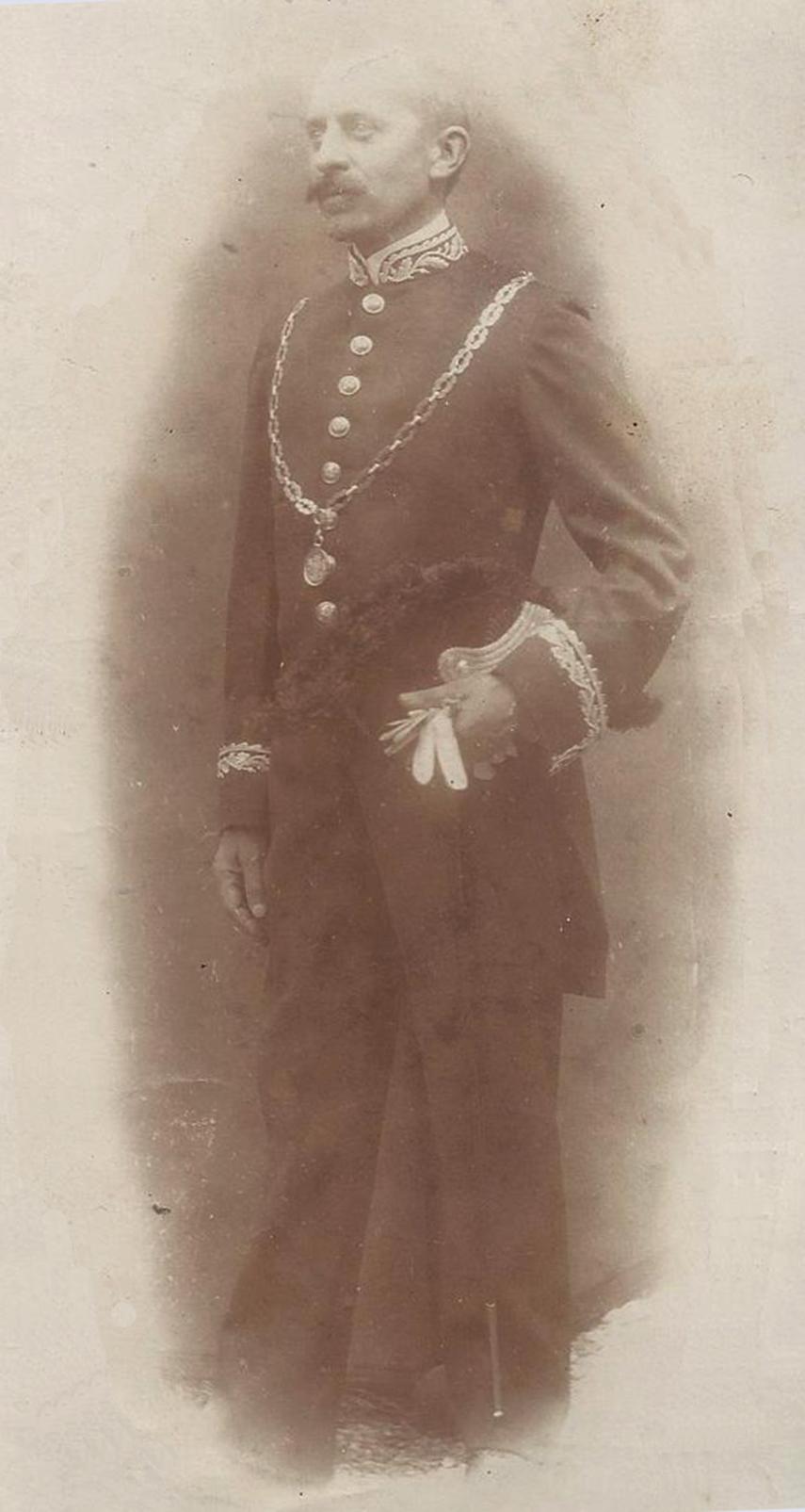 Henri van Eeten, burgemeester van Ameide a