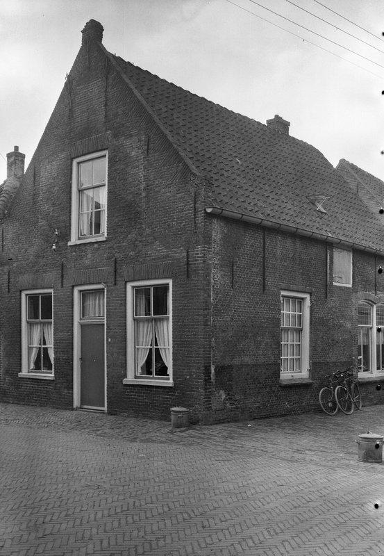 oneven 1962 Nieuwstraat 19 huis Marinus de Vroome