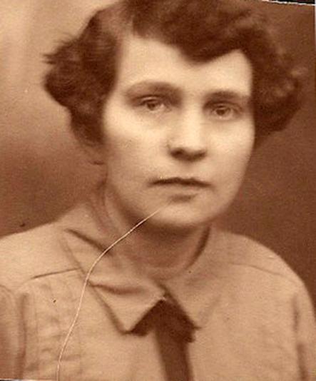 Neeltje Diepenhorst (1905-1997)(2) bewerkt